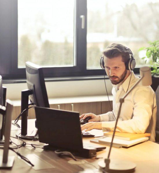 Externaliser le standard téléphonique d'une entreprise à Aubagne